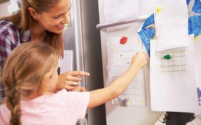 Hjælp dit barn ind i fællesskabet med verdens nemmeste og bedste belønningsskema